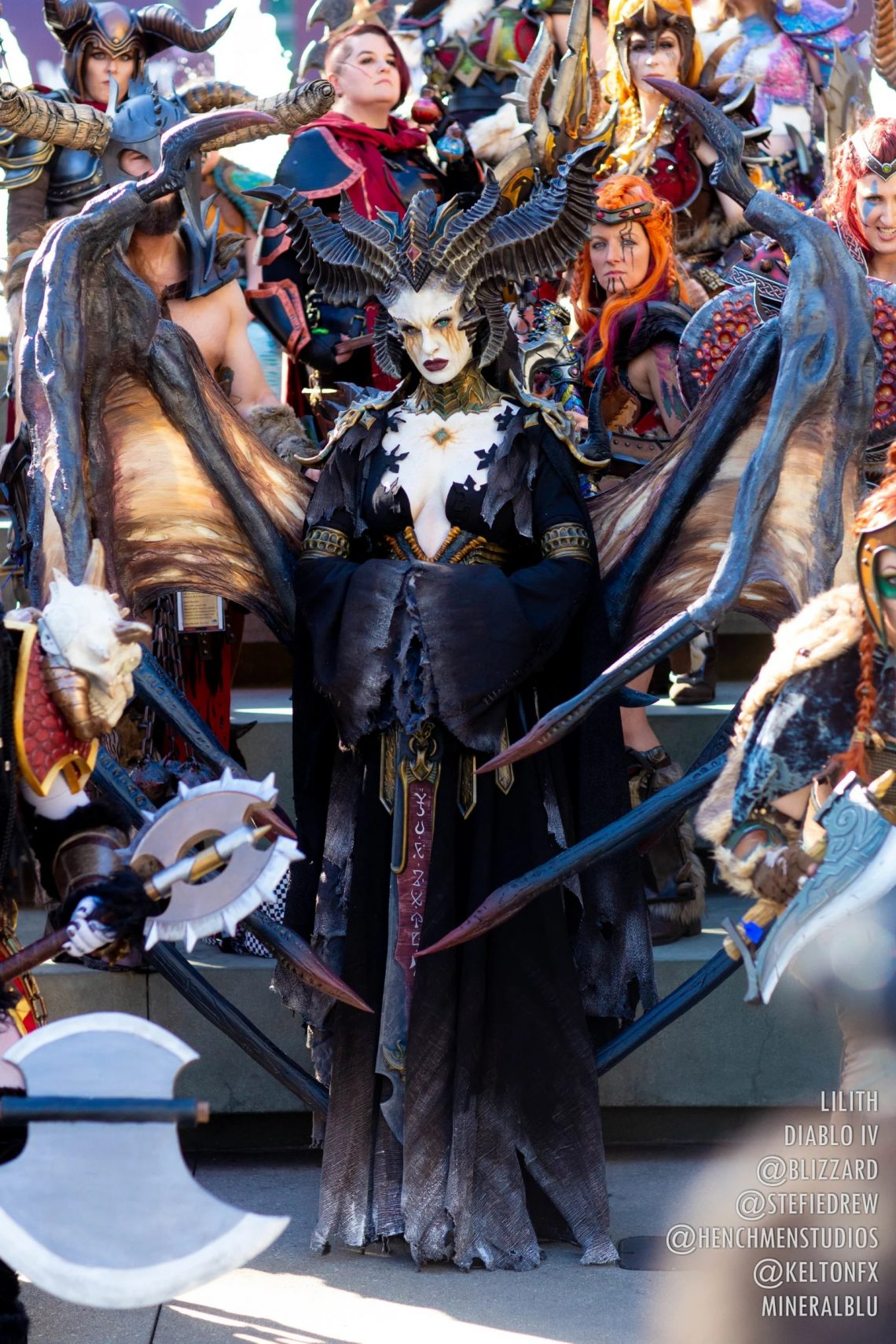 Cosplay Lilith hoàn hảo cho Dibalo 4