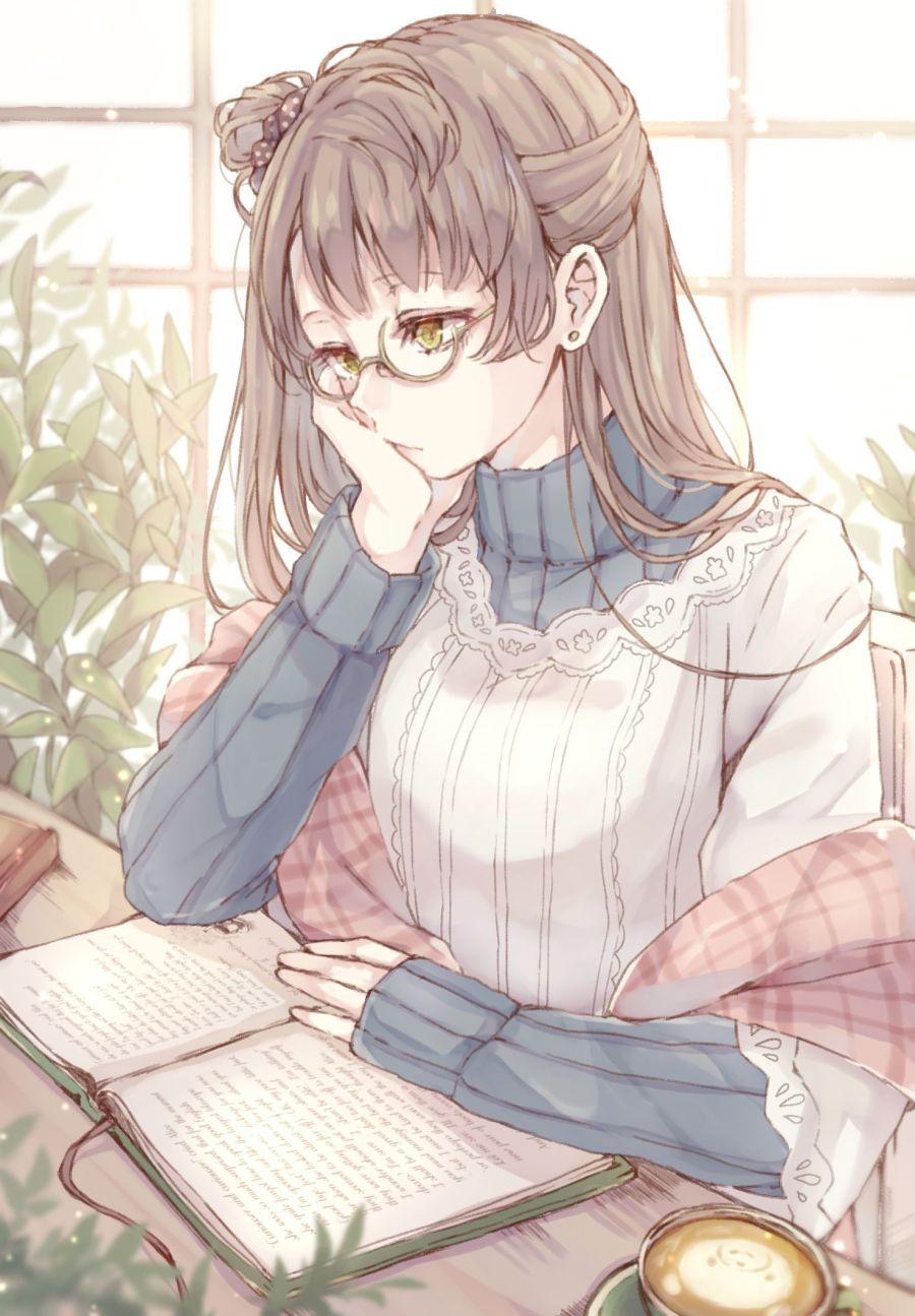 Ảnh 17: Hình ảnh cô gái đắm chìm trong những trang sách với khuôn mặt suy tư có thể làm trái tim ai đó lỗi nhịp