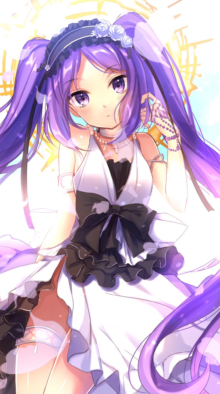 Anime nữ tóc tím quyến rũ