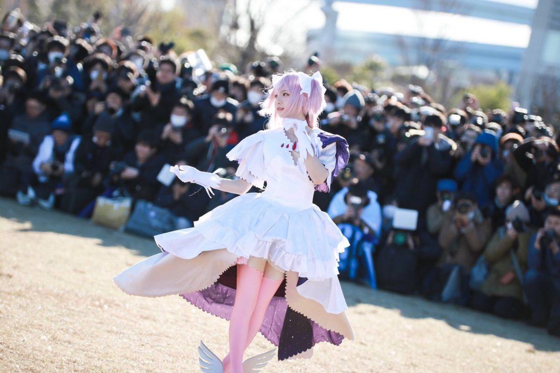 Dvp3DeeUwAEz6pW Sức hút siêu khủng khiếp của Enako Coser nổi tiếng nhất Nhật Bản hiện nay